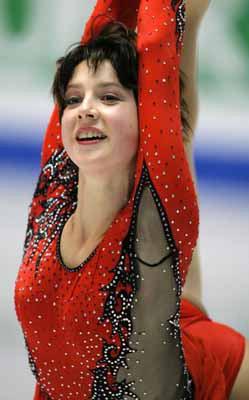 世界のエース:トリノ冬季五輪/8 フィギュアスケート女子、イリーナ・スルツカヤ.jpg